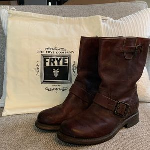 Frye Engineer Women's Pull-on Boots, size 6.5.